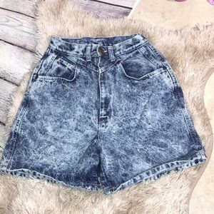 Vintage High-Waisted Mom Shorts